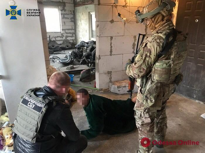 Выбивали несуществующие долги: в Одесской области СБУ задержала группу похитителей