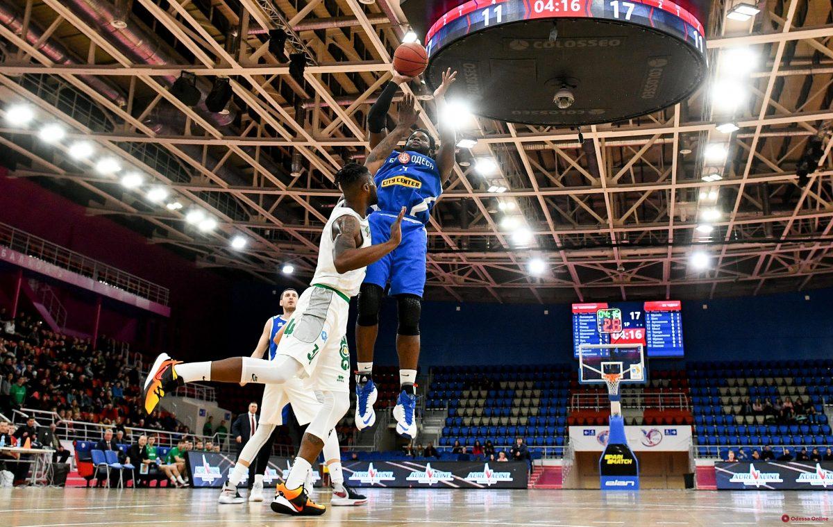 Он остается: баскетбольная «Одесса» объявила о переподписании американца