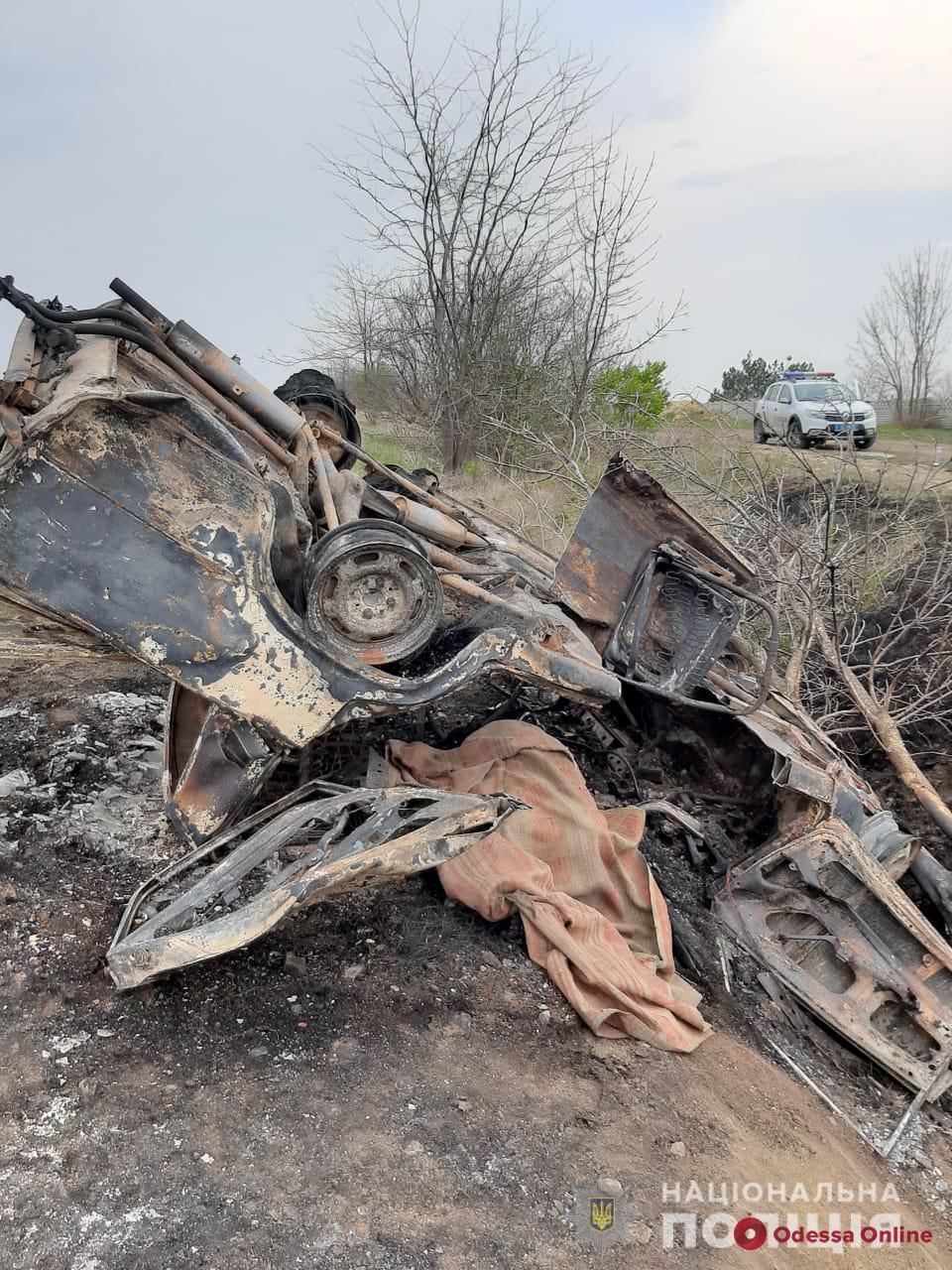 В Лиманском районе легковушка съехала в кювет и загорелась — водитель погиб