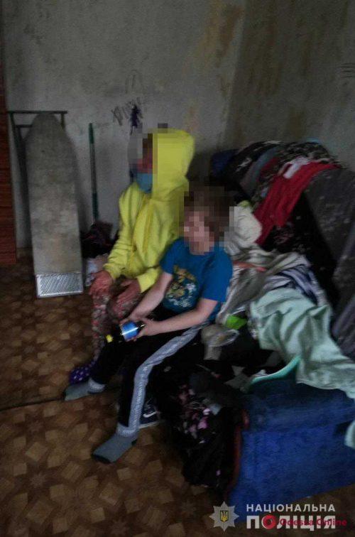Антисанитария, пьяная мать и сестра-наркоманка: в Одессе 8-летнего мальчика-инвалида забрали из неблагополучной семьи