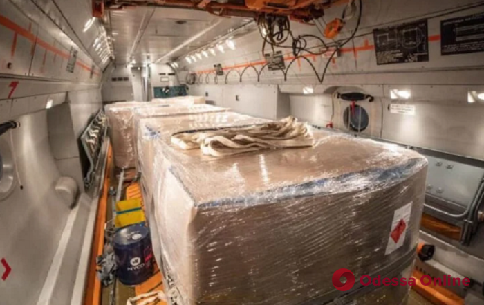 Украина получит 10 тонн гуманитарной помощи из Объединенных Арабских Эмиратов