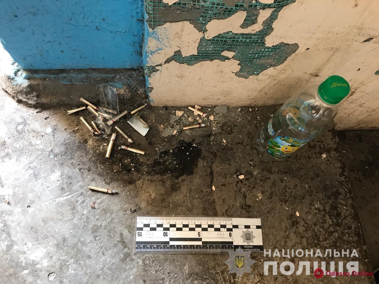 На поселке Котовского из окна многоэтажки выпал мужчина (обновляется)