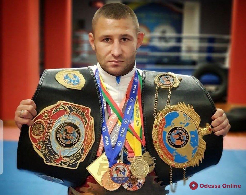 СпортКарантин: чемпион мира и Европы по таиландскому боксу Константин Тришин