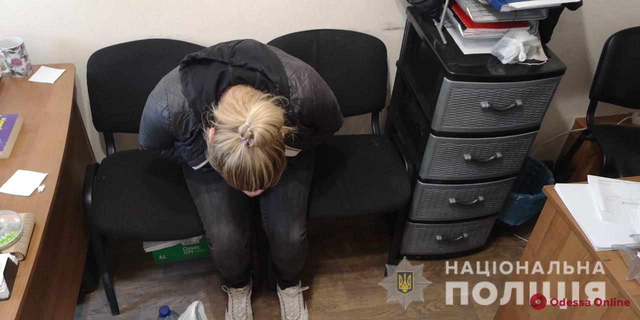На поселке Котовского пьяная женщина зарезала отчима