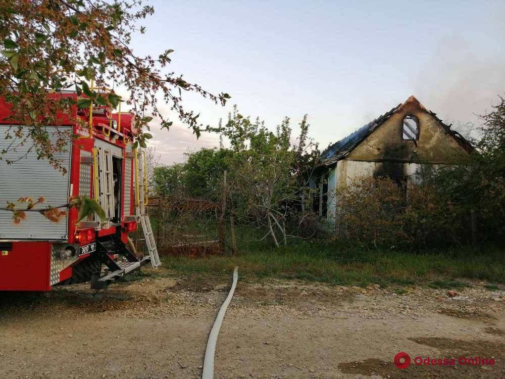 Под Одессой сгорел частный дом