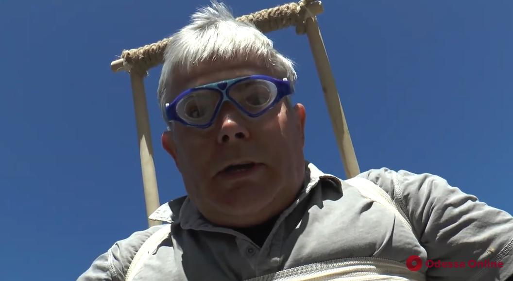 «Прыжки без парашюта или Крылья орла»: в одесском зоопарке придумали новый вид спорта (видео)