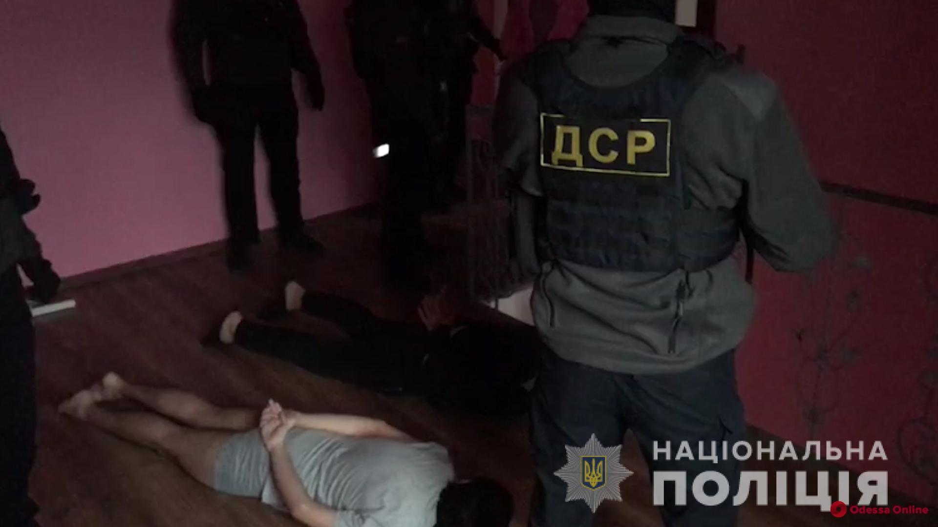 Подсыпал клофелин: обокравшего квартиру одесситки «сантехника» отправили в СИЗО
