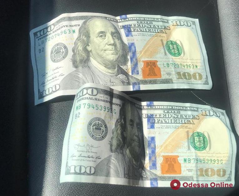 Житель Одесской области предлагал пограничнику взятку за перевозку контрабанды