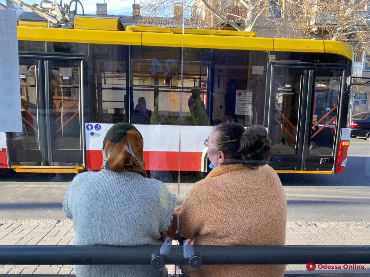 Министр инфраструктуры рассказал, когда стоит ожидать возобновления работы пассажирского транспорта