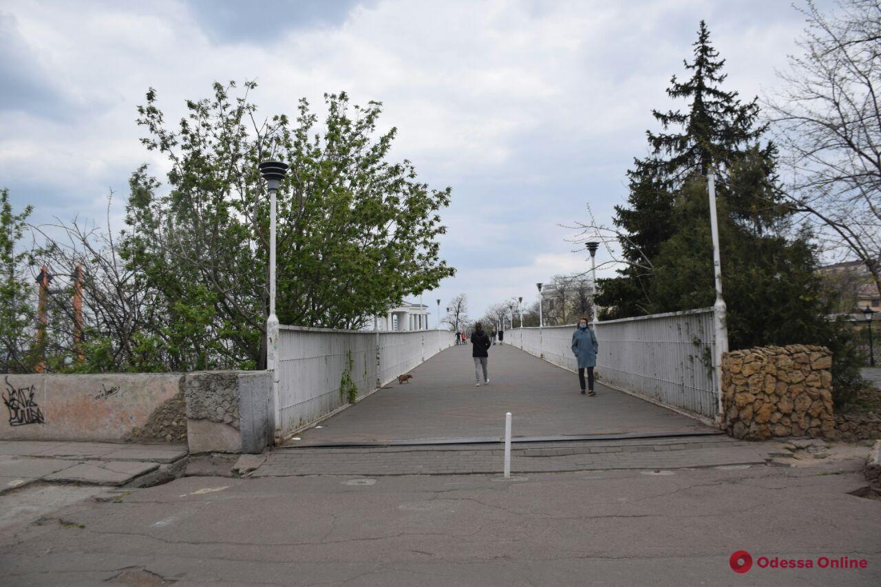 «Одесса в онлайне» для тех, кто дома: прогулка от бульвара Жванецкого до Дюка