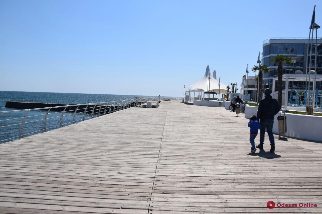 «Одесса в онлайне» для тех, кто дома: прогулка по Ланжерону