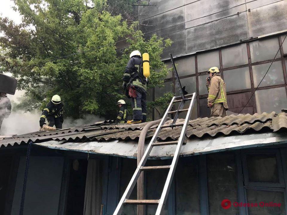 Утром в Малиновском районе тушили пожар (фото)