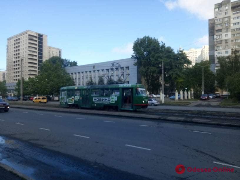 На Балковской трамвай сошел с рельсов