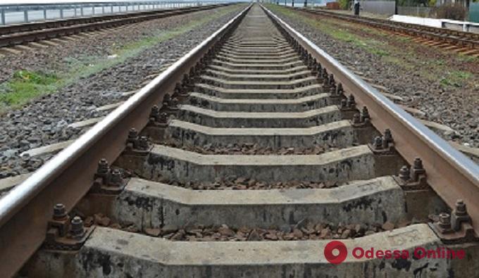 Под Одессой поезд насмерть сбил мужчину
