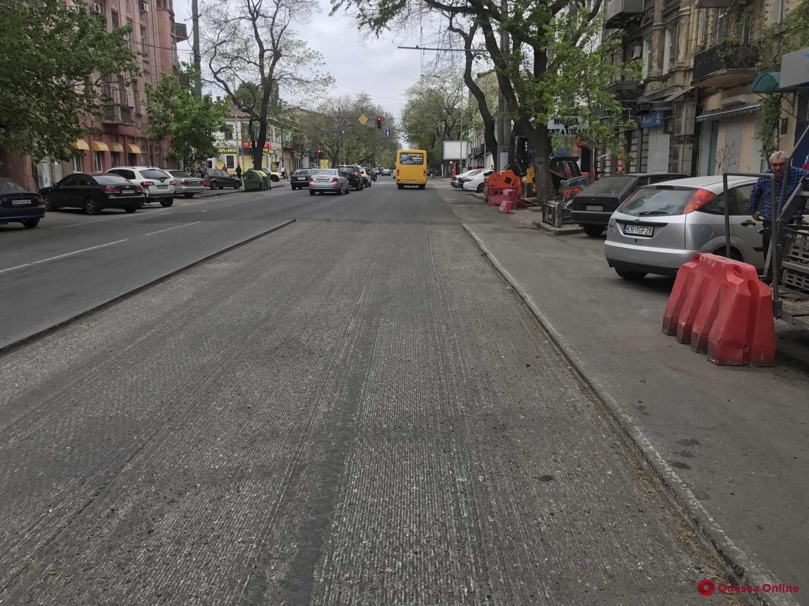 В Одессе продолжается текущий ремонт дорог