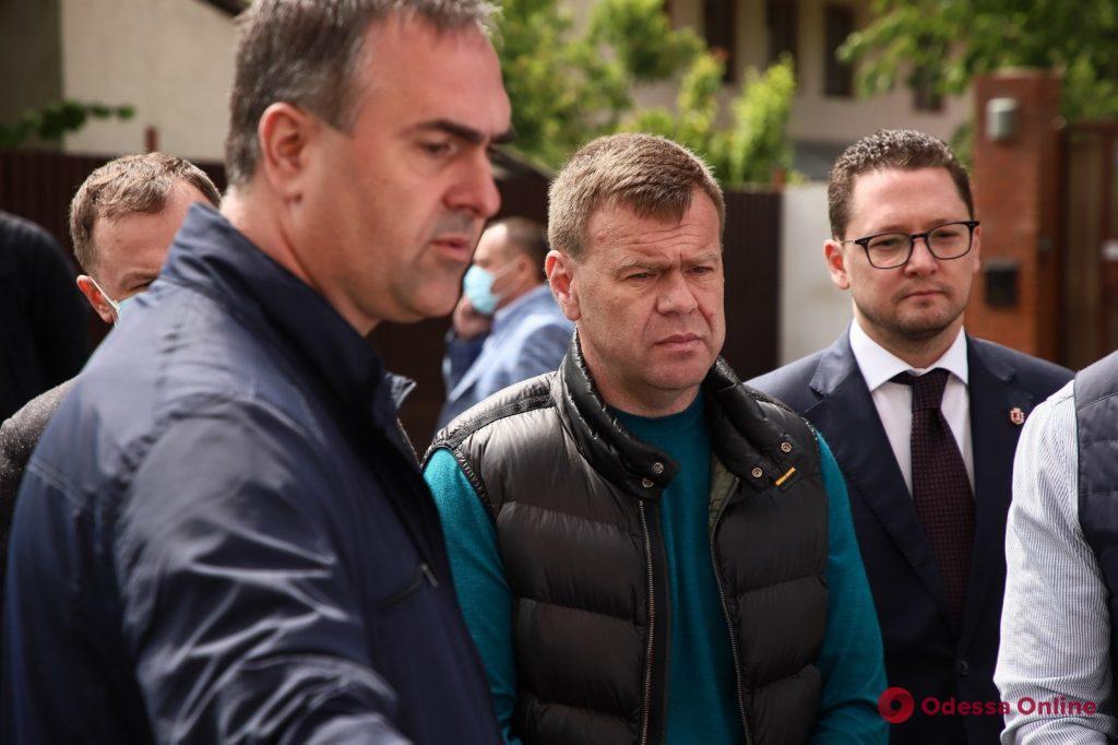 Геннадий Труханов провел выездное совещание по вопросу капремонта одесских школ