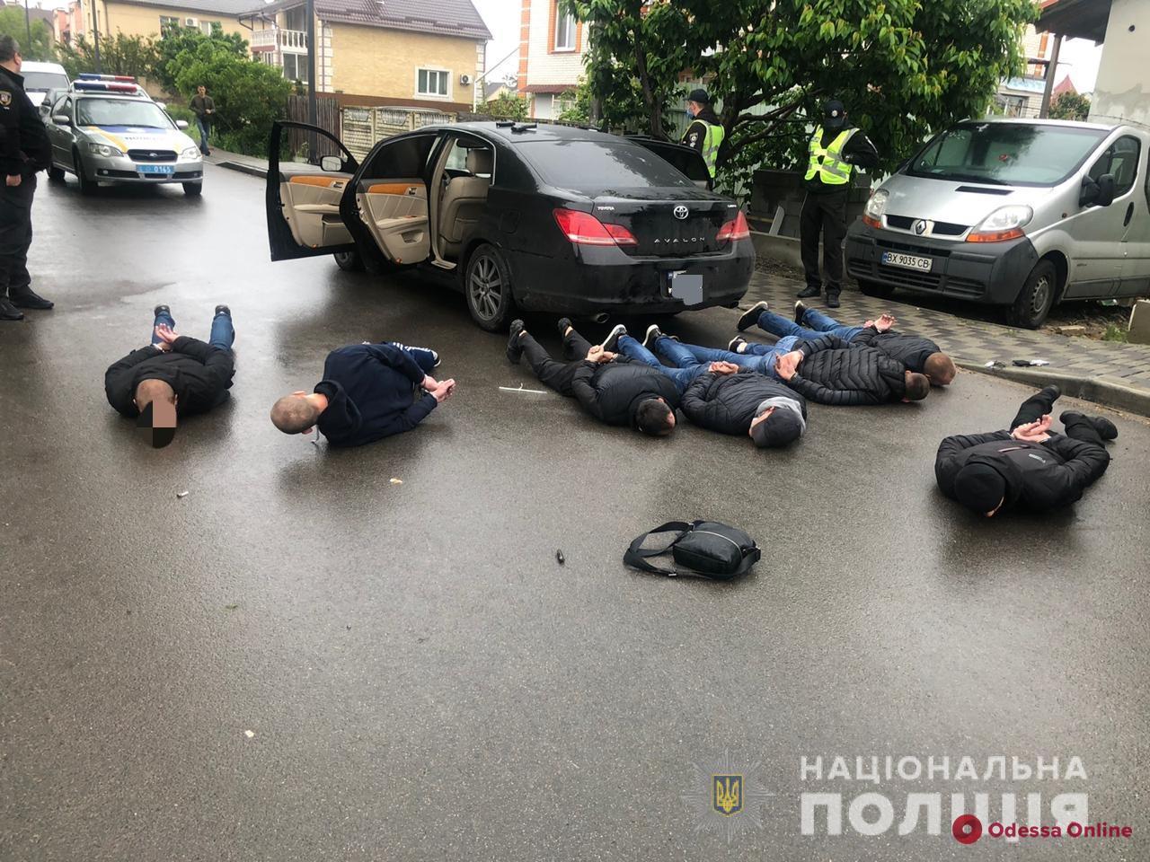 Под Киевом перевозчики устроили перестрелку – трое раненых