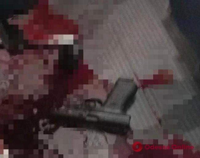 В столичном офисе найден застреленным народный депутат (осторожно, фото)
