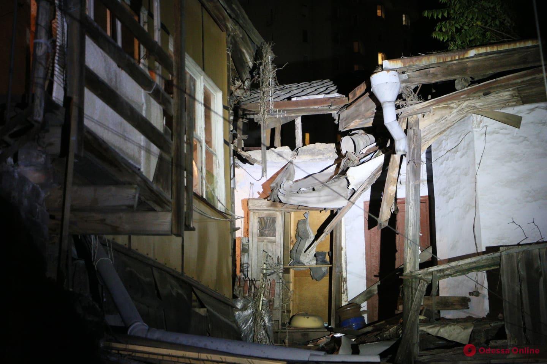 Одесса: на Среднефонтанской обрушился жилой дом (обновлено, фото)