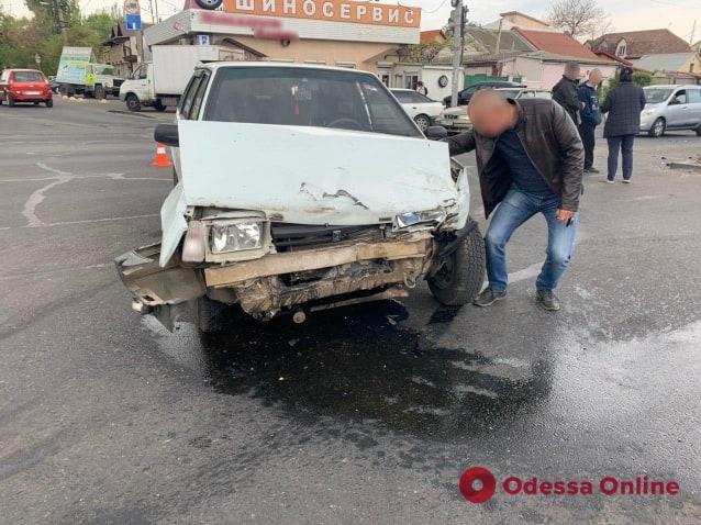 На Святослава Рихтера микроавтобус столкнулся с легковушкой и опрокинулся