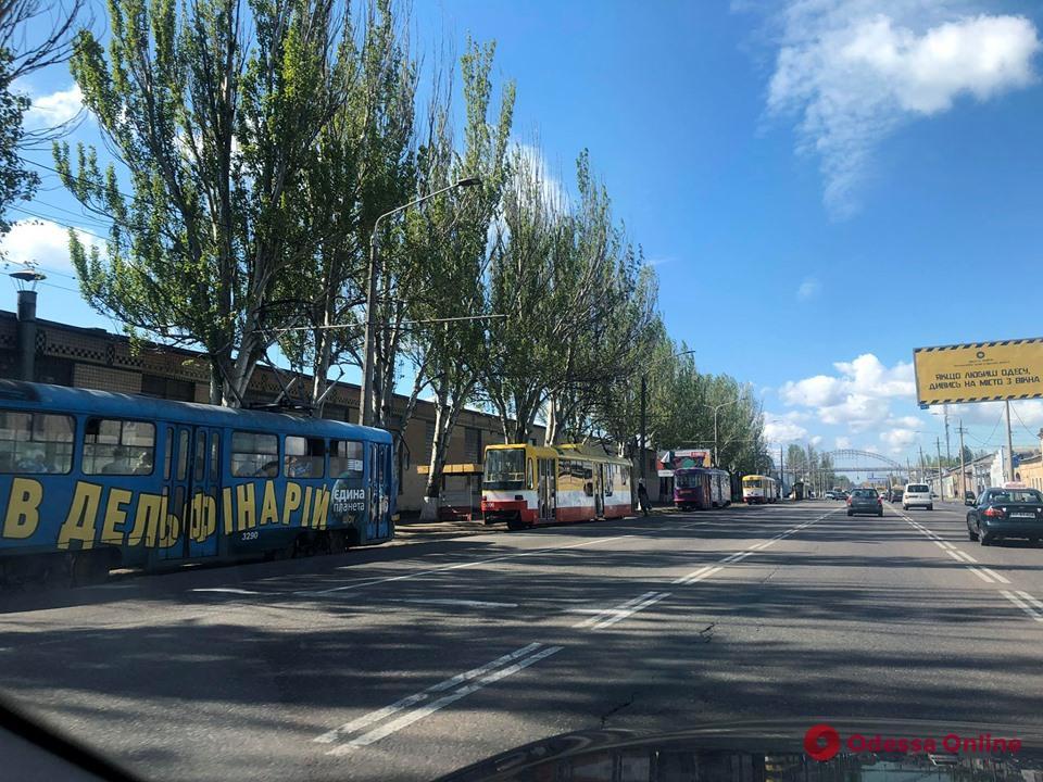 Из-за аварии на подстанциях на Пересыпи стоят трамваи