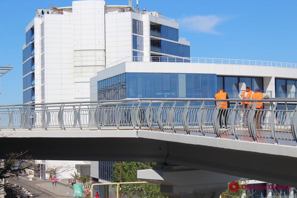 Велоэстакаду в Одессе введут в эксплуатацию к началу лета (фото)