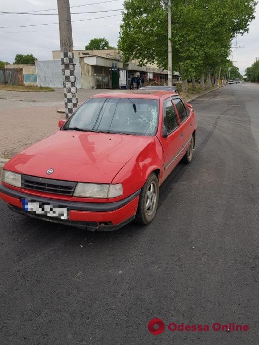 На Столбовой Opel сбил парня
