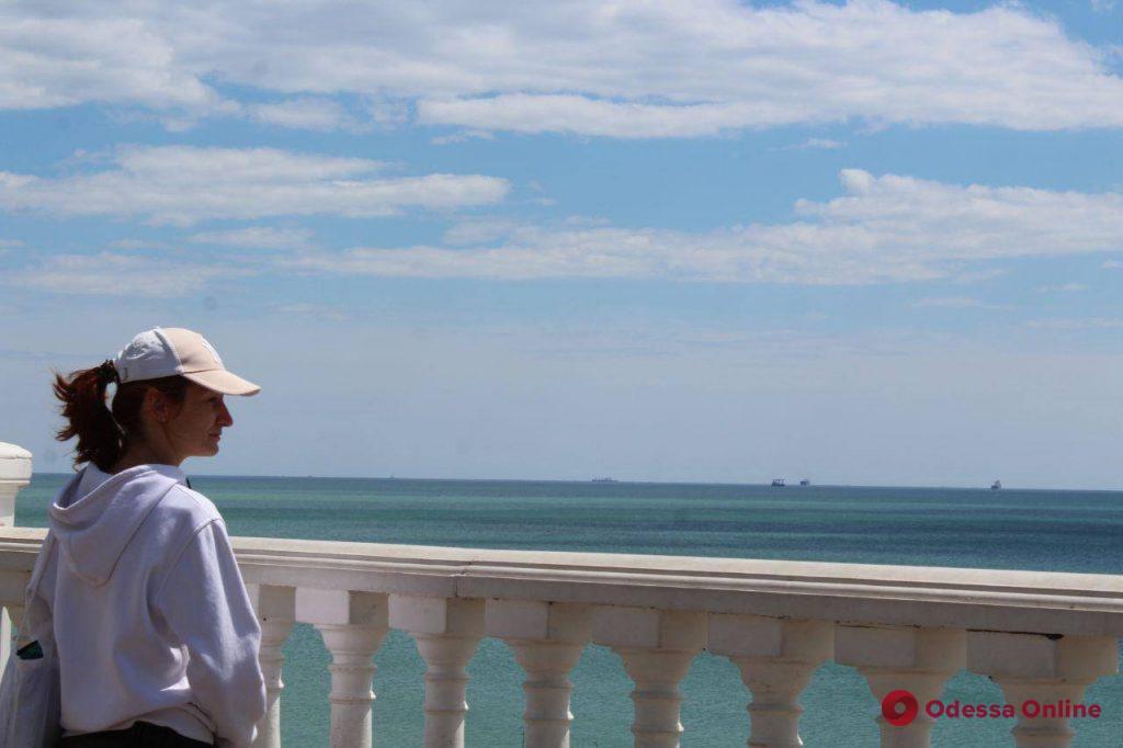 Умиротворяющая прогулка вдоль побережья в Крыжановке (фоторепортаж)