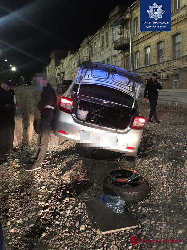 На спуске Маринеско ночью водитель «под кайфом» угодил в ДТП