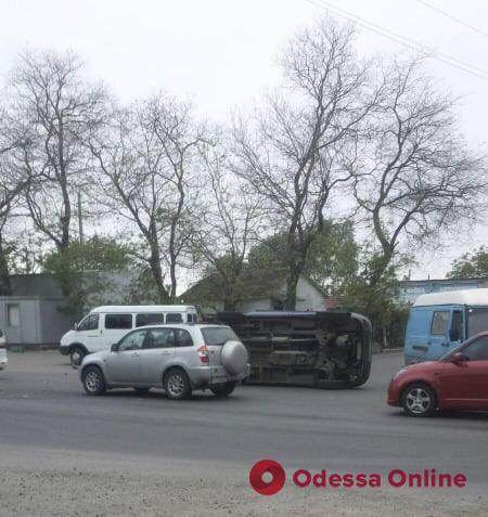 В Фонтанке столкнулись четыре автомобиля (фото)