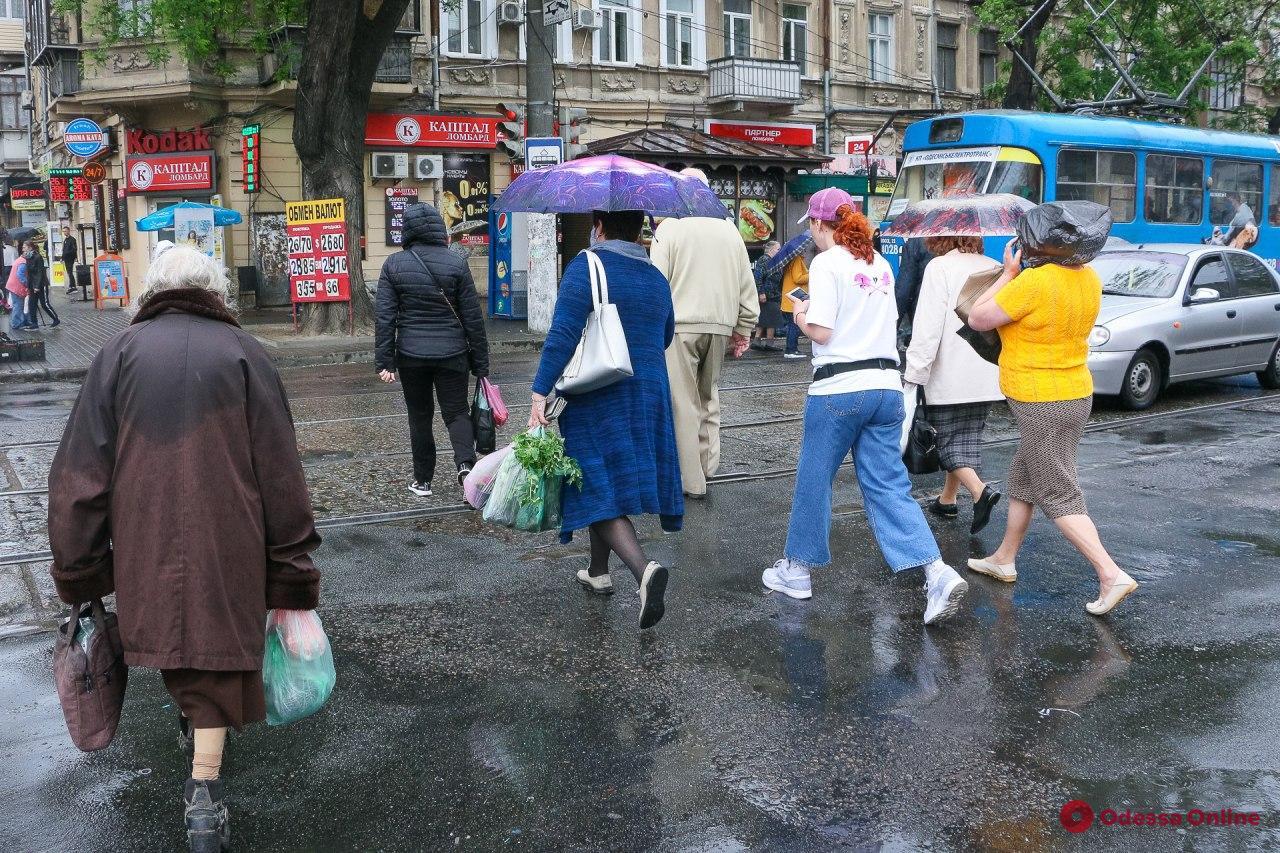 Дождливый майский день в Одессе (фоторепортаж)