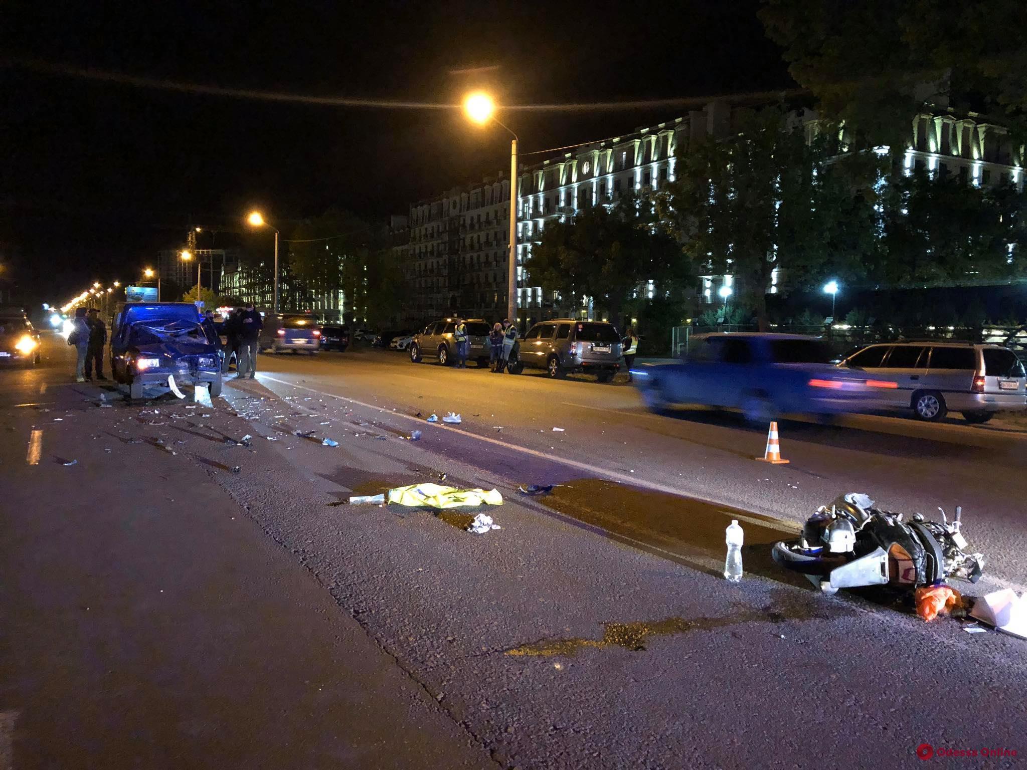 Под Одессой столкнулись мопед и легковушка: погиб ребенок