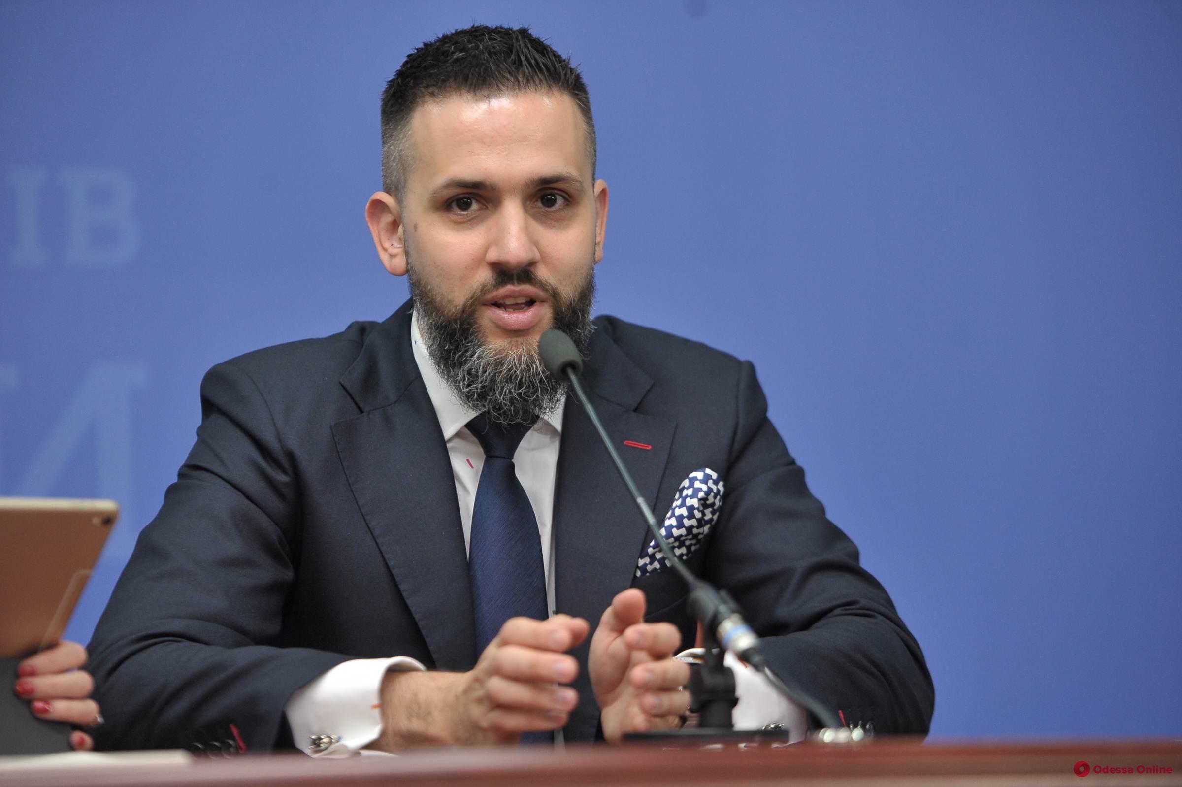 Уволенный экс-глава таможни Нефедов подал в суд на Кабмин