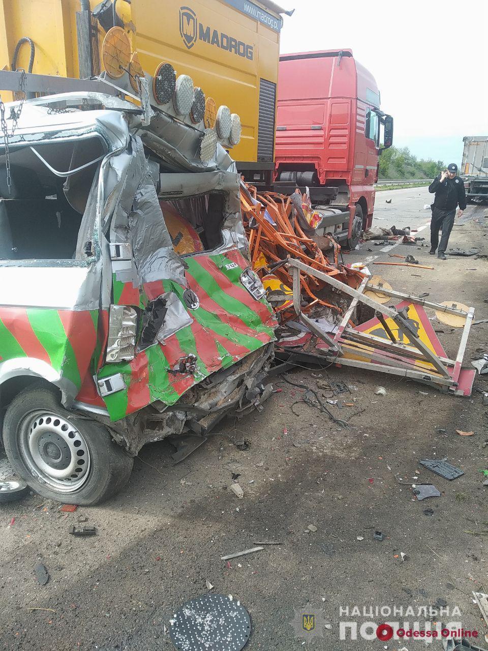 На трассе Одесса — Киев в ДТП погиб работник дорожной службы