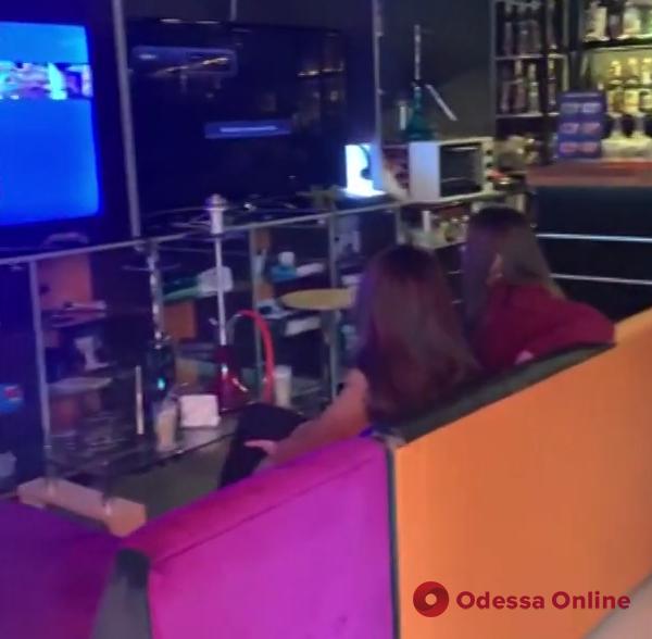 За нарушение карантина владельцу компьютерного клуба в Одессе грозит штраф (видео)