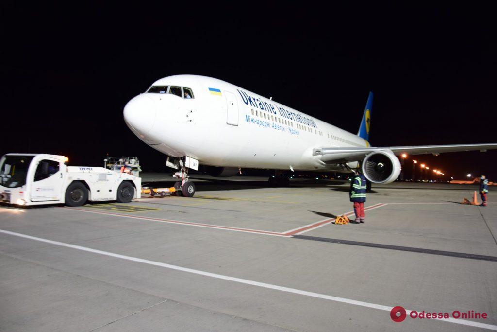 Свыше 350 человек вернулись в Украину из Египта и Объединенных Арабских Эмиратов