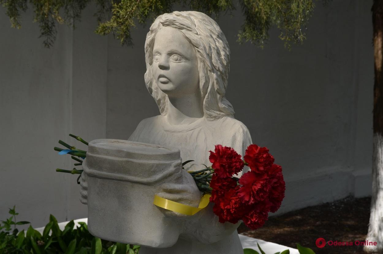 «Жажда»: возле водонасосной станции «Днестр» появилась скульптура в память о событиях Второй мировой войны