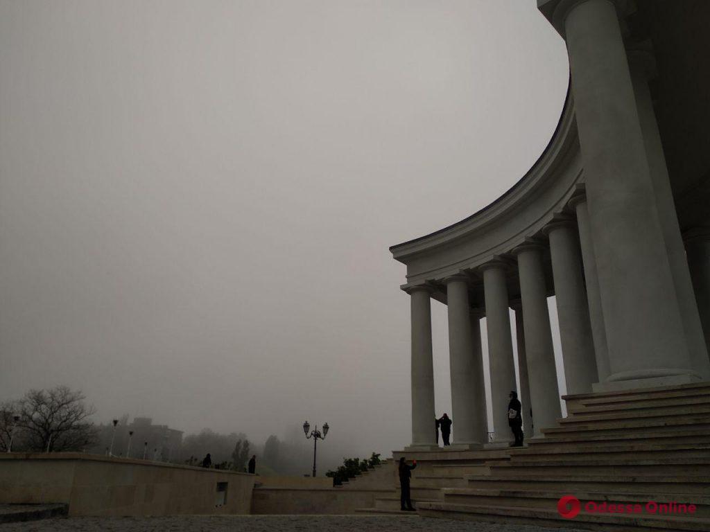 Туманный вечер в Южной Пальмире (фоторепортаж)