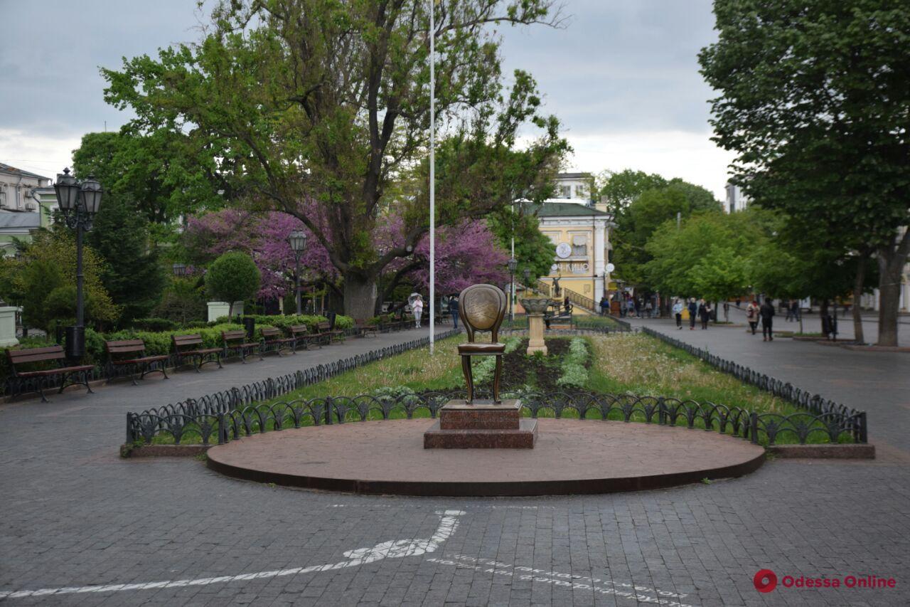 «Одесса в онлайне» для тех, кто дома: прогулка по Дерибасовской и Приморскому бульвару
