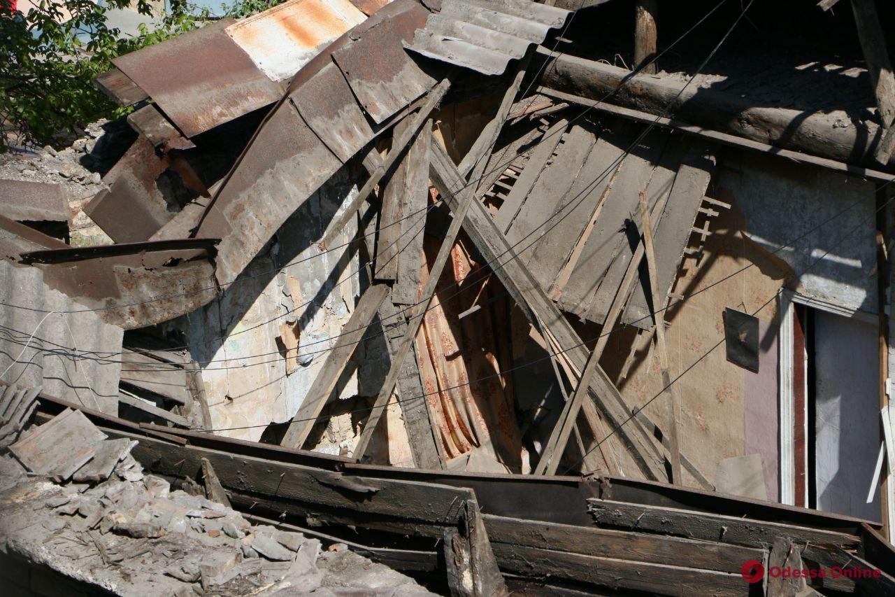 Жильцов из рухнувшего в центре Одессы дома отселили – в здании провели экспертизу