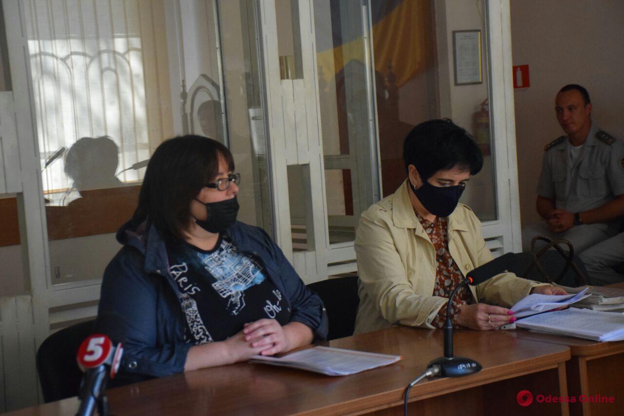 Пожар на Троицкой: суд отправил домой заведующую дневным отделением колледжа