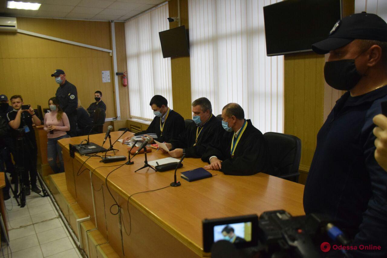 Одесситы проводят акцию в поддержку Андрея Хаецкого — апелляционный суд рассматривает вопрос о смягчении меры пресечения