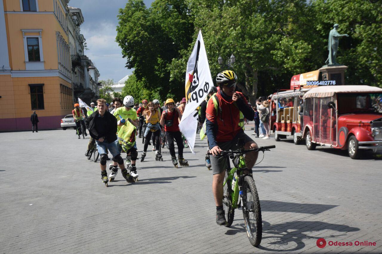 В Одессе прошел «послекарантинный» велопробег (фото)