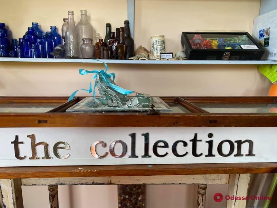 Туфелька из морского стекла одесской мастерицы пополнила коллекцию американского музея