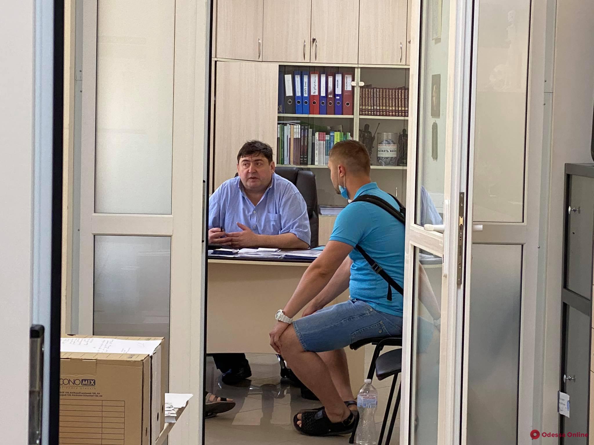 Не сдавшим «КРОК» иностранным студентам-медикам МГУ придется потратить несколько лет и тысяч долларов для получения диплома магистра