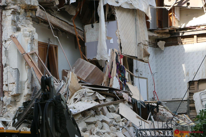 Обрушение дома на Ясной могло произойти из-за незаконной перепланировки, — Геннадий Труханов