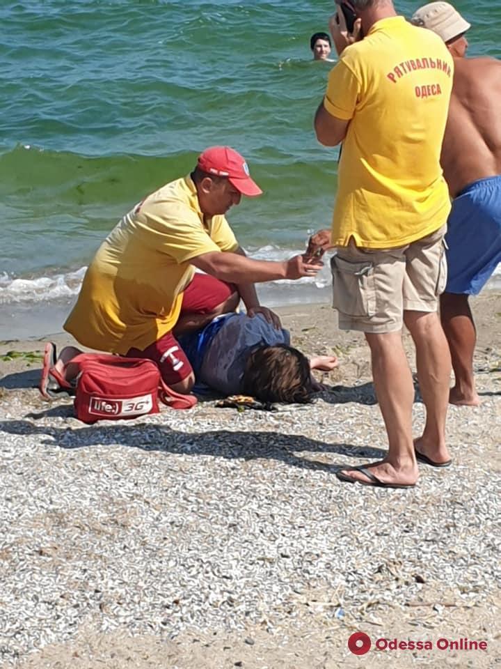 На Ланжероне спасли пьяную женщину