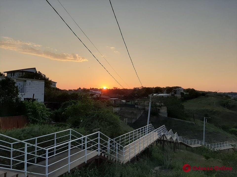 Июньский рассвет в Крыжановке (фоторепортаж)