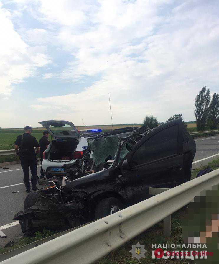 В результате ДТП на трассе Одесса – Киев погибли два человека (фото)