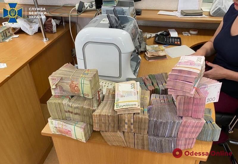 В Одессе «накрыли» конвертационный центр с оборотом в 500 миллионов гривен